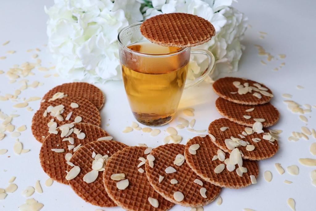 Čaj a sladučká holandská karamelová wafla